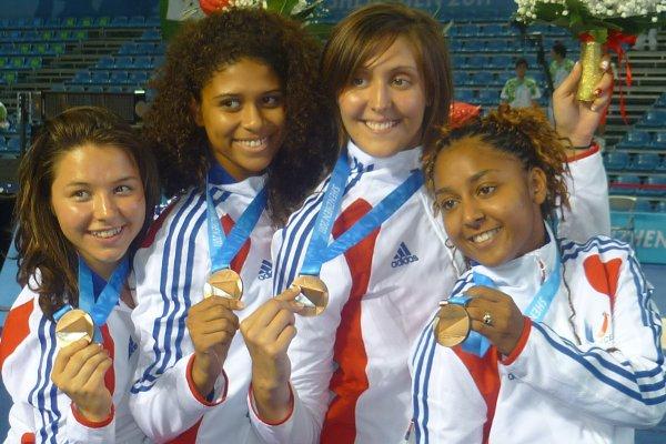 Ysaora médaillée de bronze avec l'équipe de france universitaire