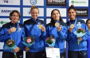 Gaëlle et Ysaora en bronze avec l'équipe de France
