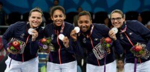 Gaelle médaillée d'argent avec l'équipe de France
