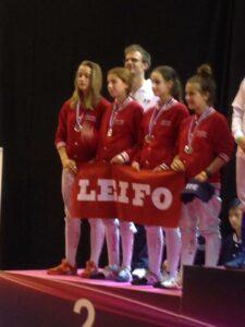 Ilona et Charlotte 2ème par équipe